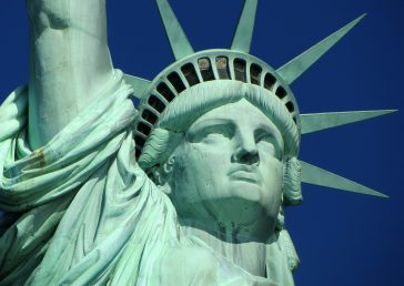 face-of-the-statue-of-liberty-in-new-york-364x258.jpg